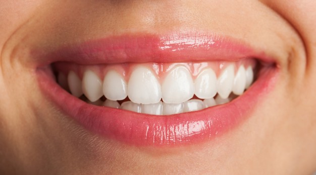 close-up-of-a-perfect-smile_1149-1021